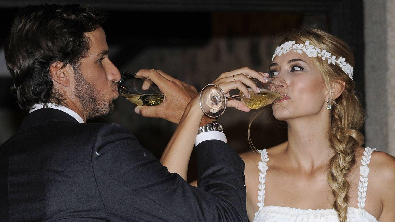 Alba y Feliciano mirándose con ojos de enamorados. (Gtres)