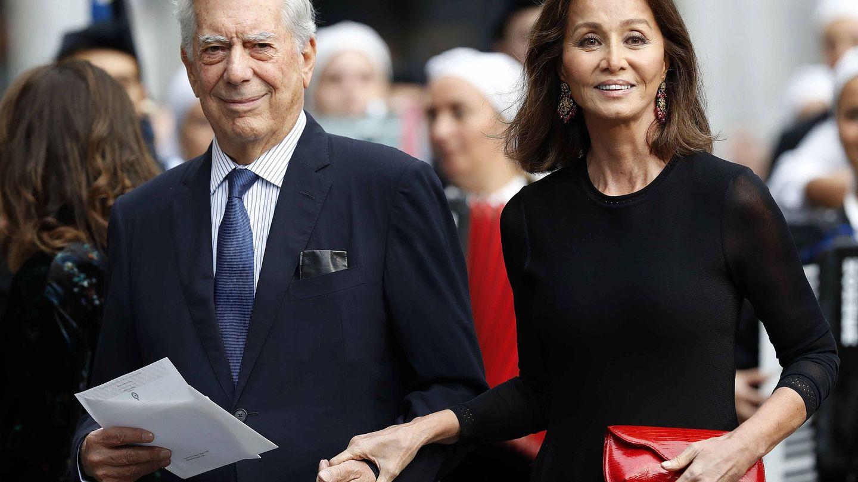 Preysler y Vargas Llosa en los Premios Princesa de Asturias. (EFE)