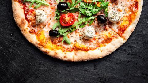Haz estos días en casa las pizzas bien: usa estos 5 quesos