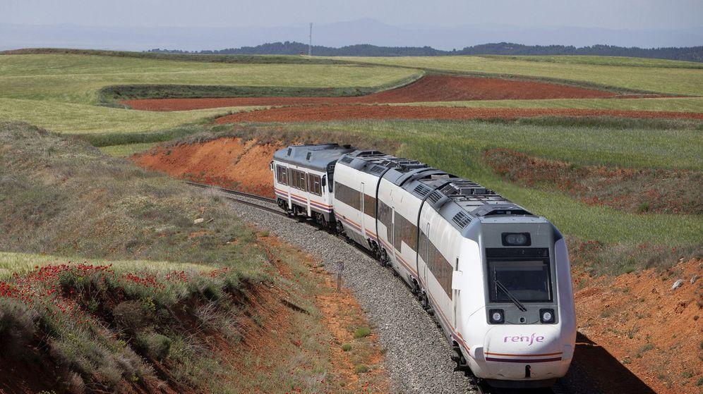 Foto: Los aragoneses conocen el tren Teruel-Zaragoza como Tamagochi. (EFE)