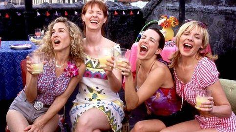 Si eres fan de Carrie Bradshaw, ahora puedes comprar uno de sus míticos vestidos