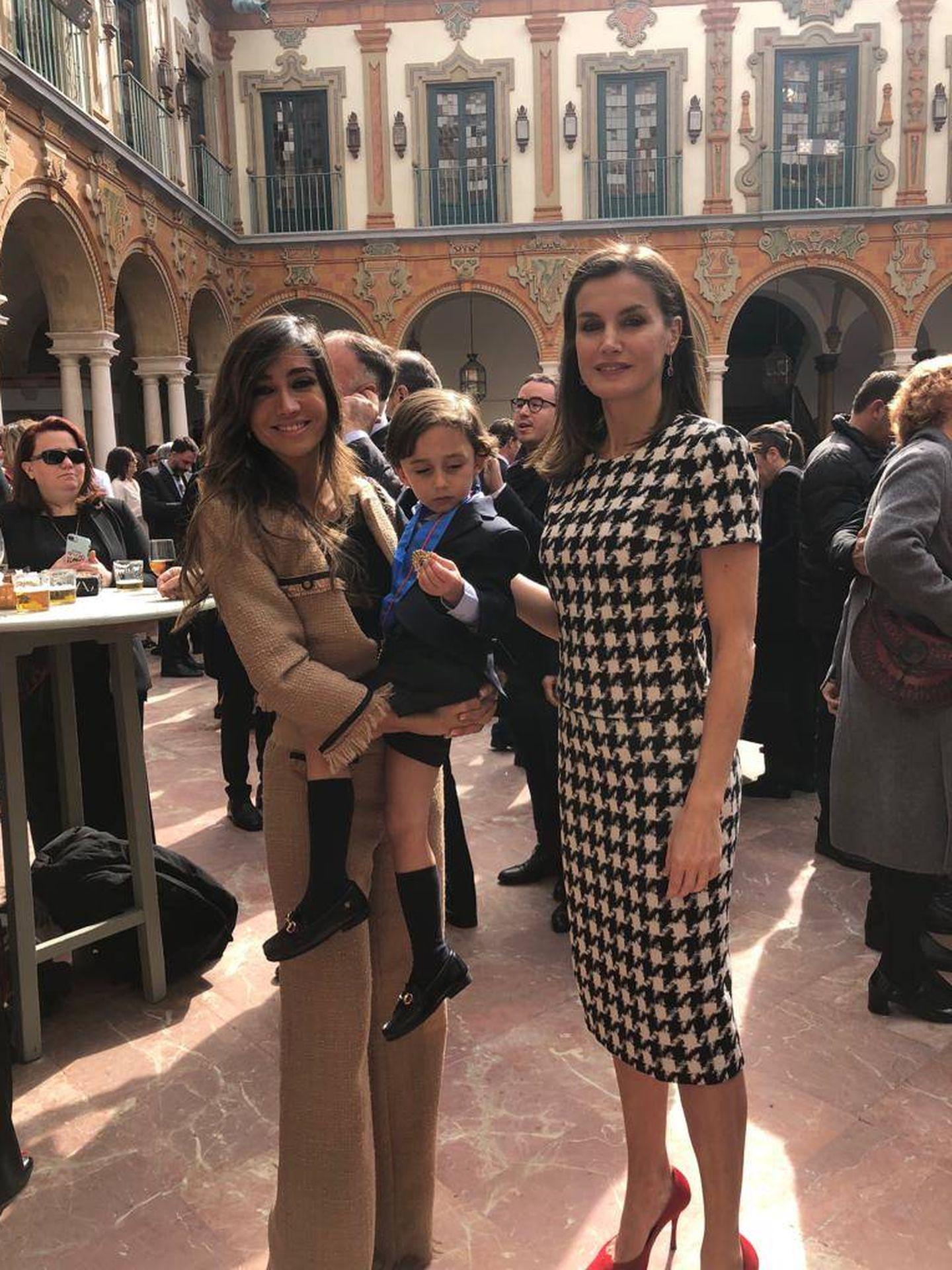 La reina Letizia con Marta González. (Fotos cedidas por la familia)