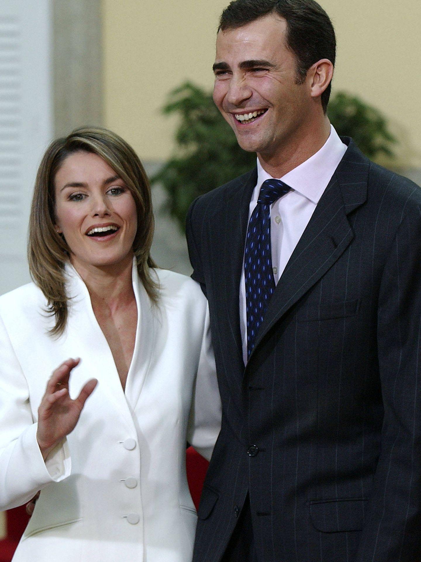 Letizia Ortiz, durante el anuncio oficial de su compromiso con don Felipe. (Getty)