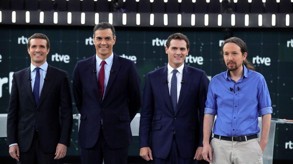 Foto: Pablo Casado, Pedro Sánchez, Albert Rivera y Pablo Iglesias, durante el debate de RTVE.