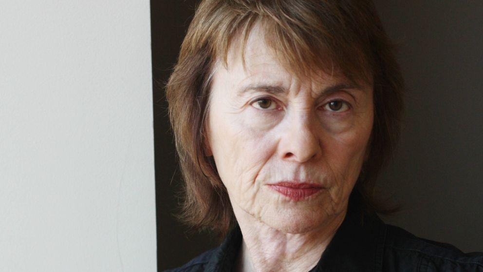 Camille Paglia: Gracias a los hombres, las mujeres tenemos lavadoras