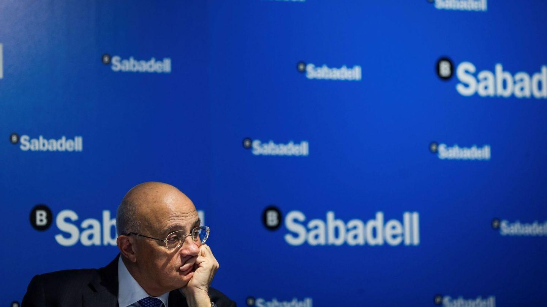 El presidente del Banco Sabadell, Josep Oliu, durante la presentación de los resultados económicos correspondientes al ejercicio 2018. (EFE)