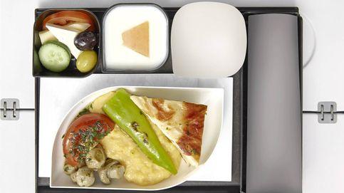 La comida en los aviones: qué debes hacer para no pasarlo mal