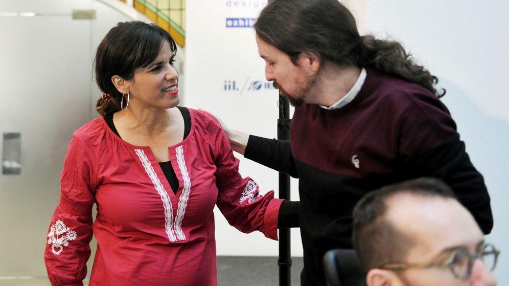 Foto: Teresa Rodríguez junto a Pablo Iglesias. (EFE)