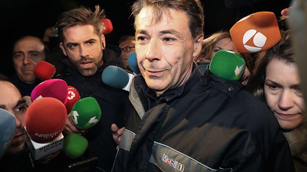 Foto: Ignacio González, a su salida de prisión. (EFE)