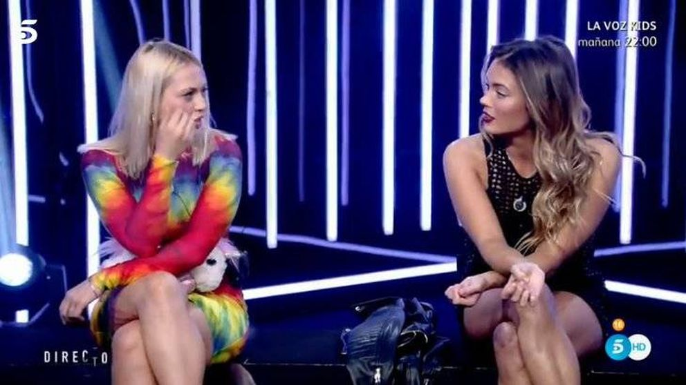 Daniela Blume contra Alyson: La sucia eres tú, no me toques