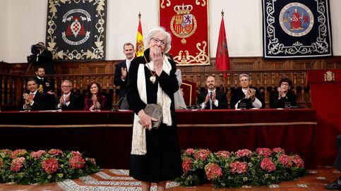 Ida Vitale recibe el premio Cervantes: La locura del 'Quijote' es un frenesí poético