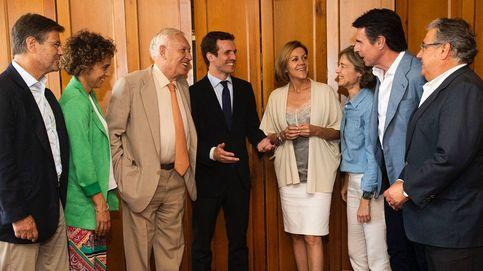 Media entrada en la reunión de cinco exministros de Rajoy que van con Casado