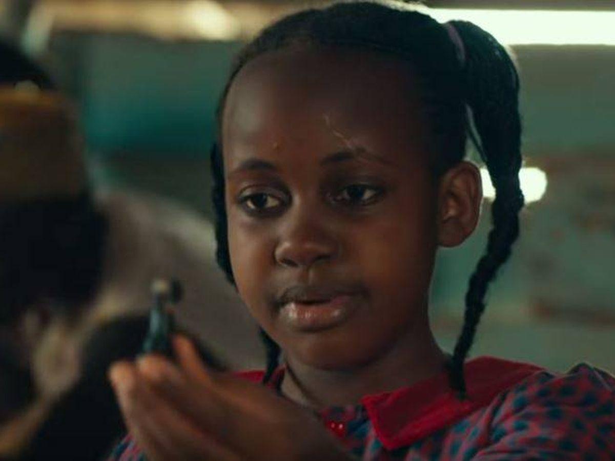 Foto: Nikita Pearl Waligwa en la película 'La reina de Katwe'. Foto: Walt Disney Studios/YouTube