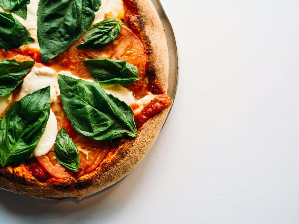 Foto: Alimentos que es mejor no tomar en la cena. (Blake Wisz para Unsplash)