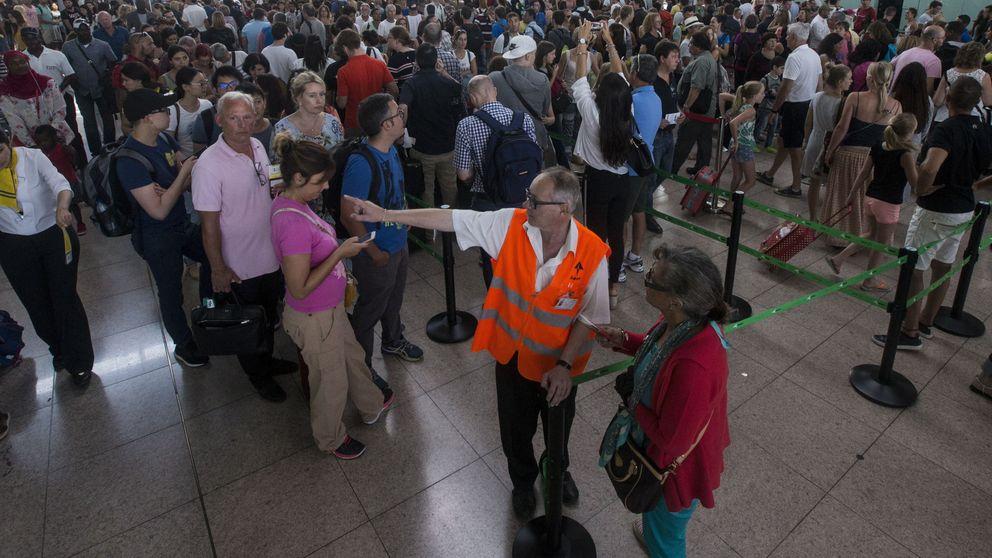 Los vigilantes de seguridad de El Prat se suman a la huelga
