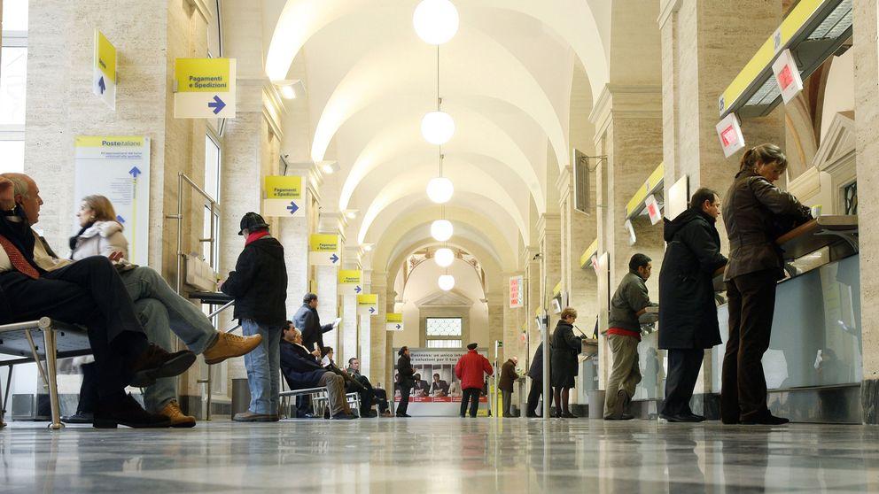 Kafka en la oficina de la Posta: así es la burocracia enferma de Italia