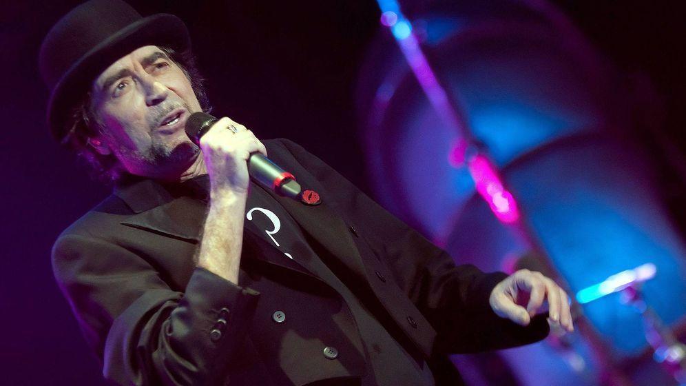 Foto: El cantante Joaquin Sabina, durante un concierto en Mallorca. (Efe)