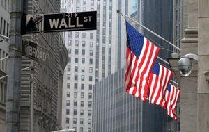 Janet Yellen pasa desapercibida por Wall Street, que cierra mixto