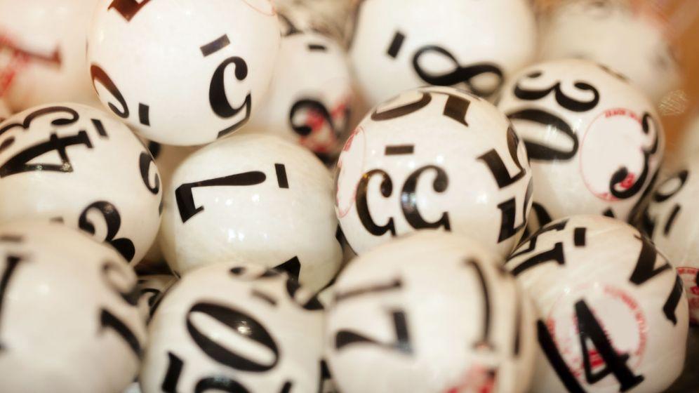 Foto: El azar es inalterable, pero no así la probabilidad de forzar un premio Gordo. La terminación más afortunada en la historia de la Lotería ha sido el número 5. (iStock)