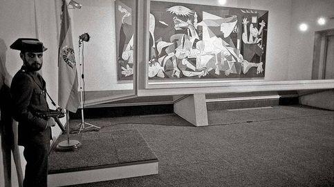 Cristal antibalas y guardias civiles: 40 años del rocambolesco regreso del 'Guernica'