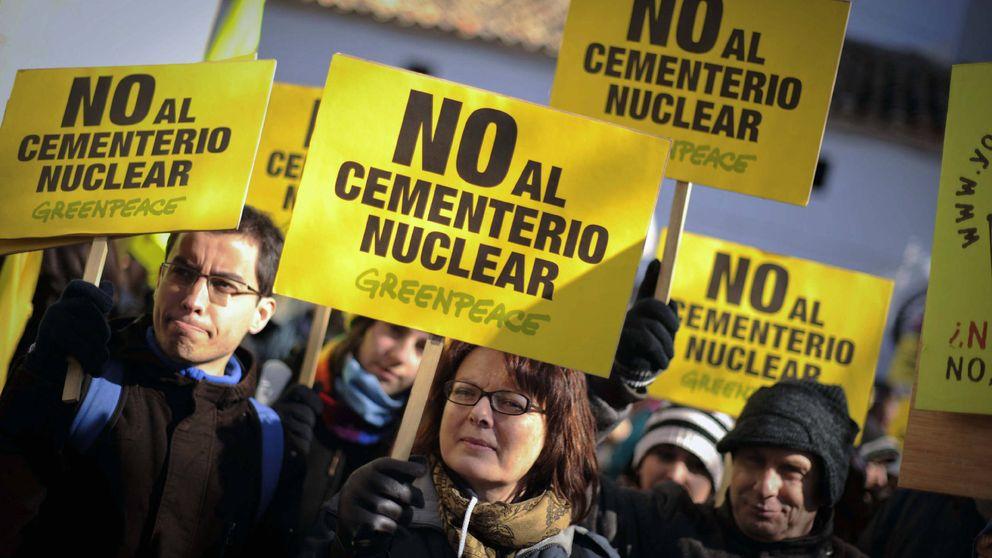 PSOE pone el foco en el plan urbanístico de Villar de Cañas  de  Cospedal