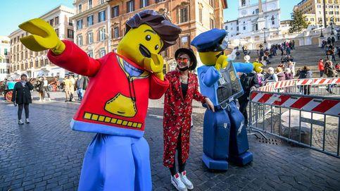 Flores de pascua en Praga y 'Despacito' suena en Riga: el día en fotos