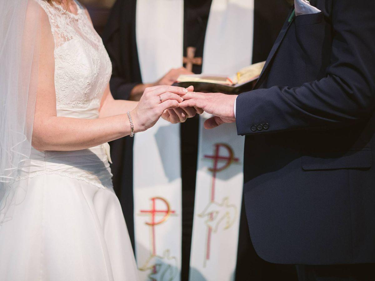 Foto: Guía básica para acertar con los cursillos prematrimoniales. (Fotografía de Wedding Photography para Unsplash)