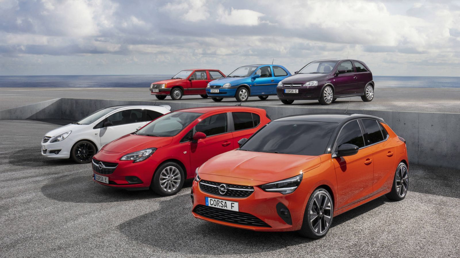 Foto: Tras 13,6 millones de unidades vendidas en todo el mundo llega el nuevo Opel Corsa, la sexta generación, también fabricada en España.-
