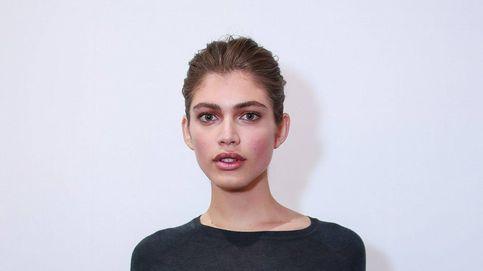 Victoria's  contrata a la primera modelo trans de su historia