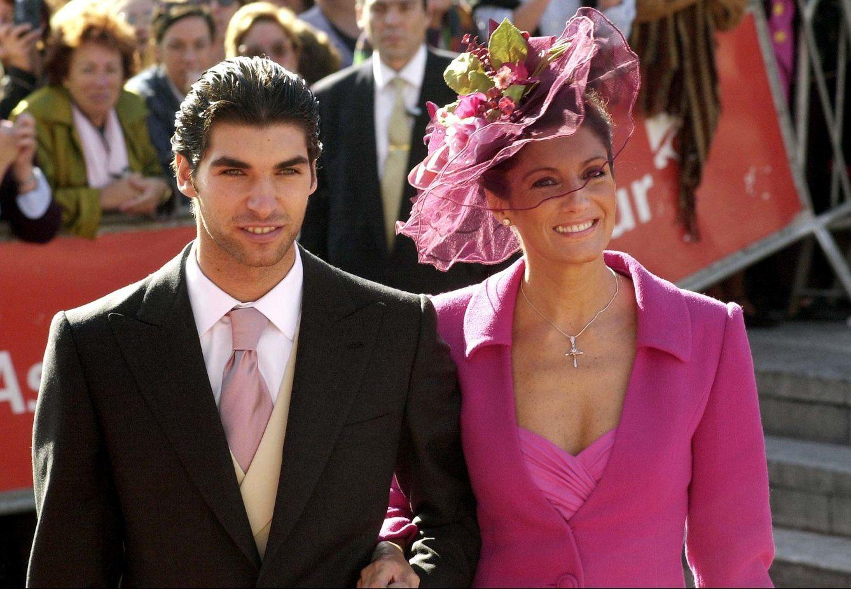 Cayetano y eva se casan hoy as fueron las otras bodas de for Blanca romero y cayetano rivera