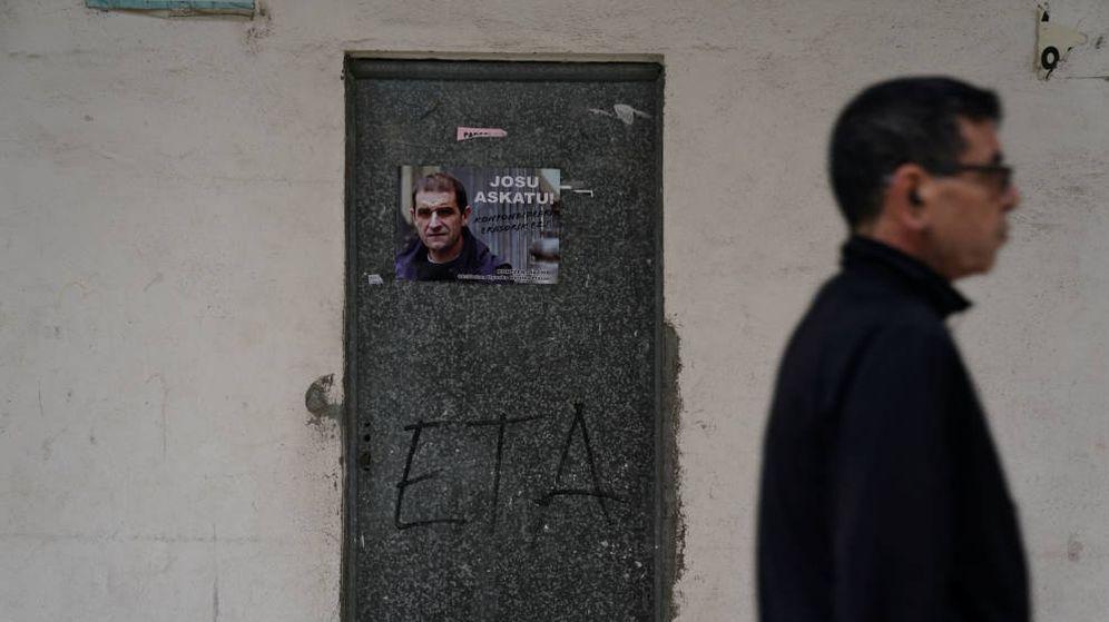Foto: Cartel de etarra 'Josu Ternera'. (EFE)