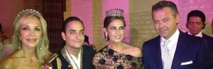 Carmen Lomana y Marina Danko compiten luciendo diademas que rondan los 200.000 euros