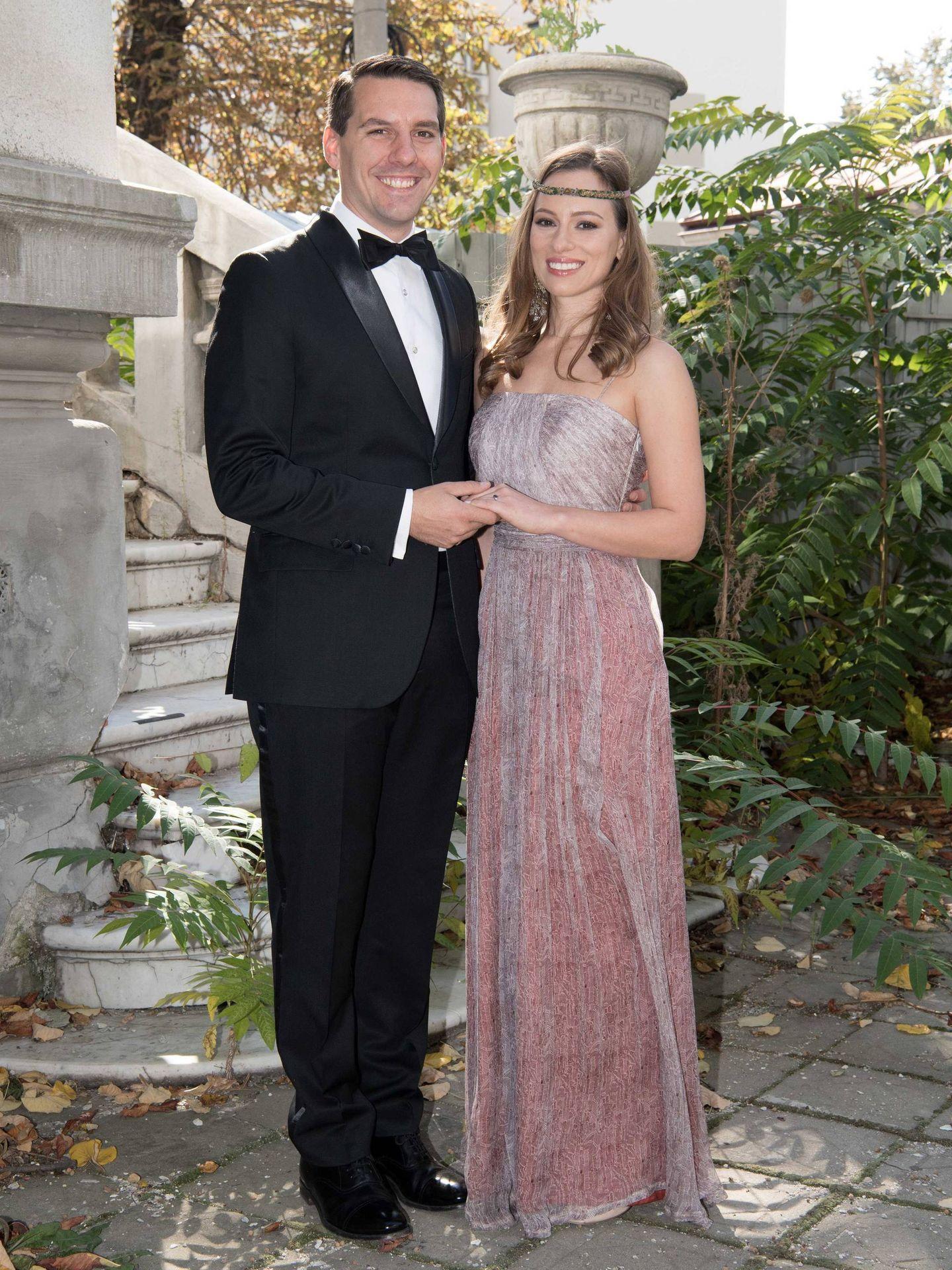 Nicolás de Rumanía y su esposa, Alina-Maria Binder. (Cordon Press)