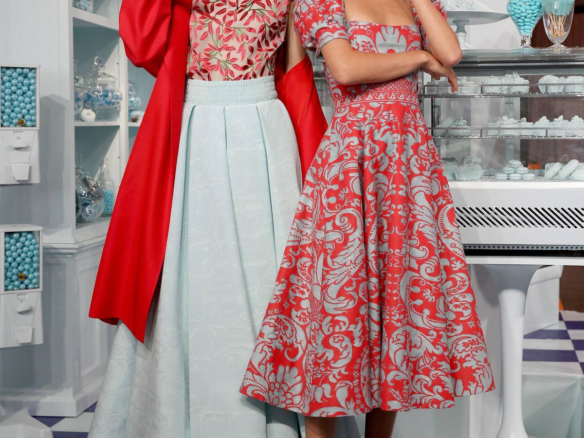 Foto: Quedarse en casa es bueno para la salud y para la belleza. Modelos en la presentación de Alice and Olivia. (Getty)