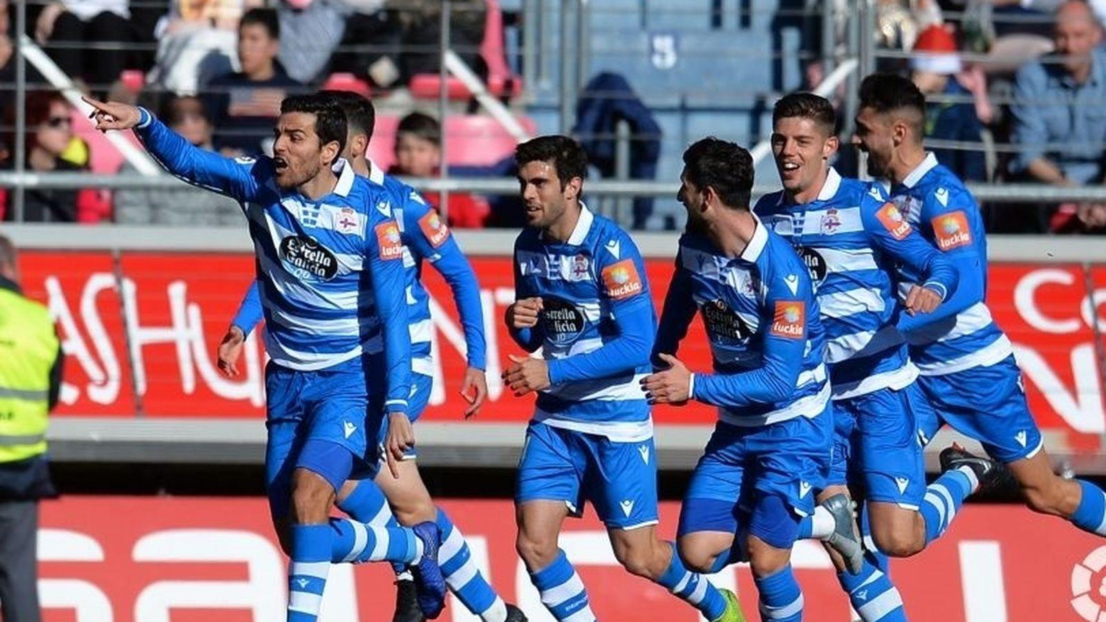 Foto: Jugadores del Deportivo de la Coruña celebran un gol. (Europa Press)