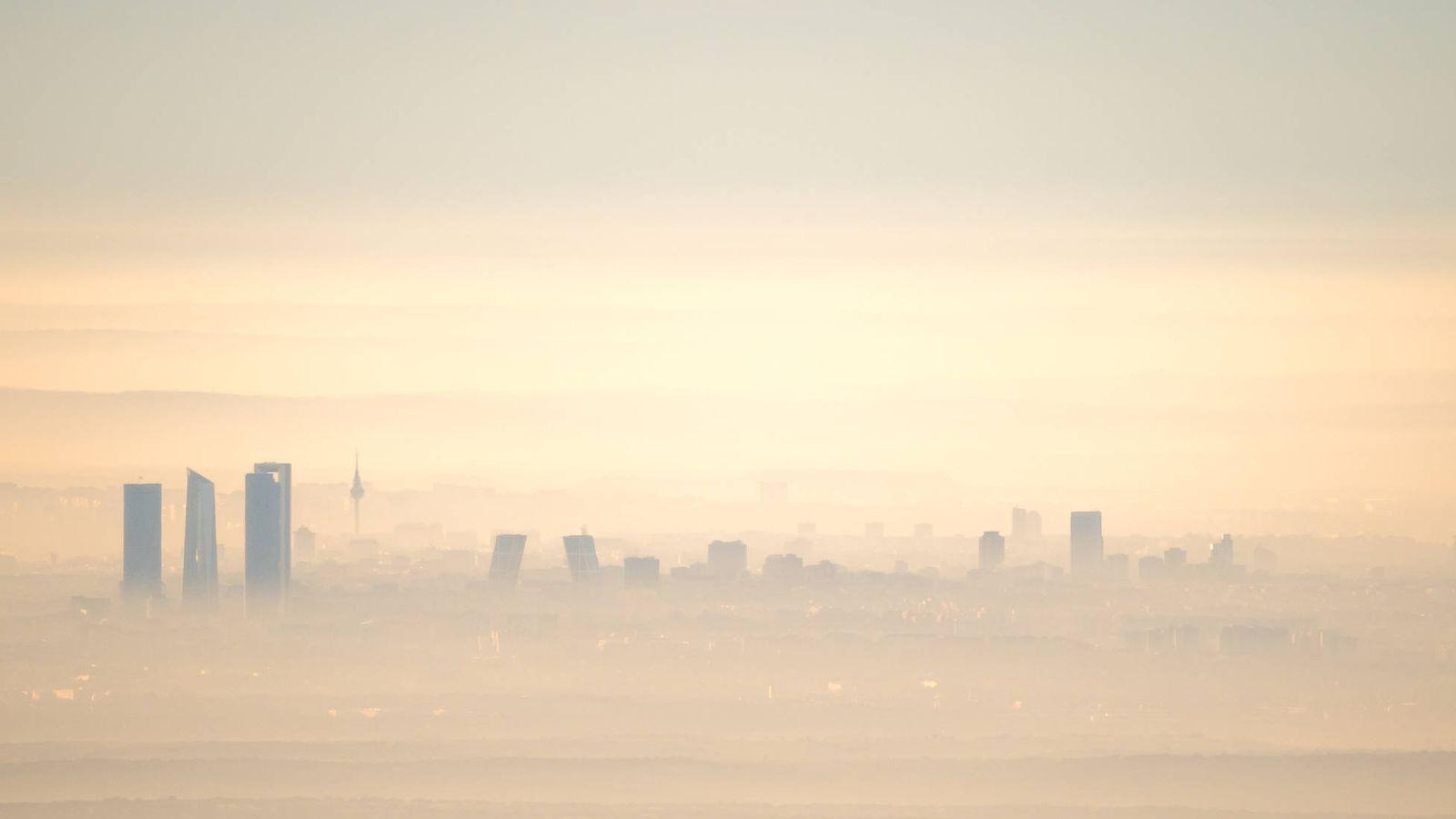 Foto: La ciudad de Madrid suele tener altos niveles de contaminación. (iStock)
