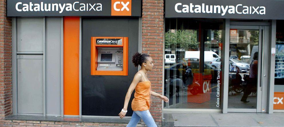 Foto: Sucursal de CatalunyaCaixa en Barcelona (Efe)