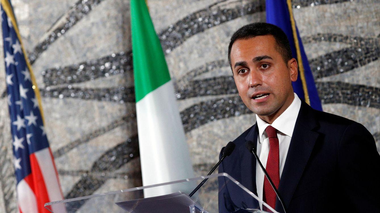 Guerra civil en el populismo italiano por controlar el oráculo del poder