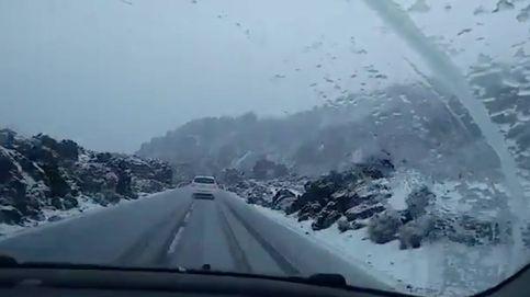 Los espectaculares vídeos de la nevada que ha caído en el Teide