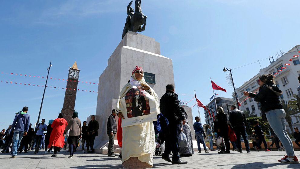Varios heridos en un atentado suicida en el centro de Túnez