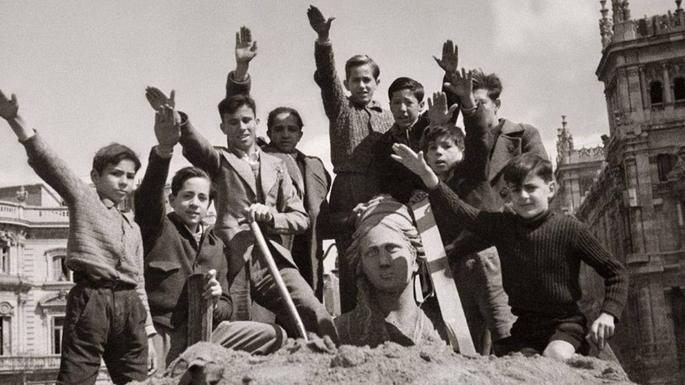 75 años de la foto de la victoria franquista