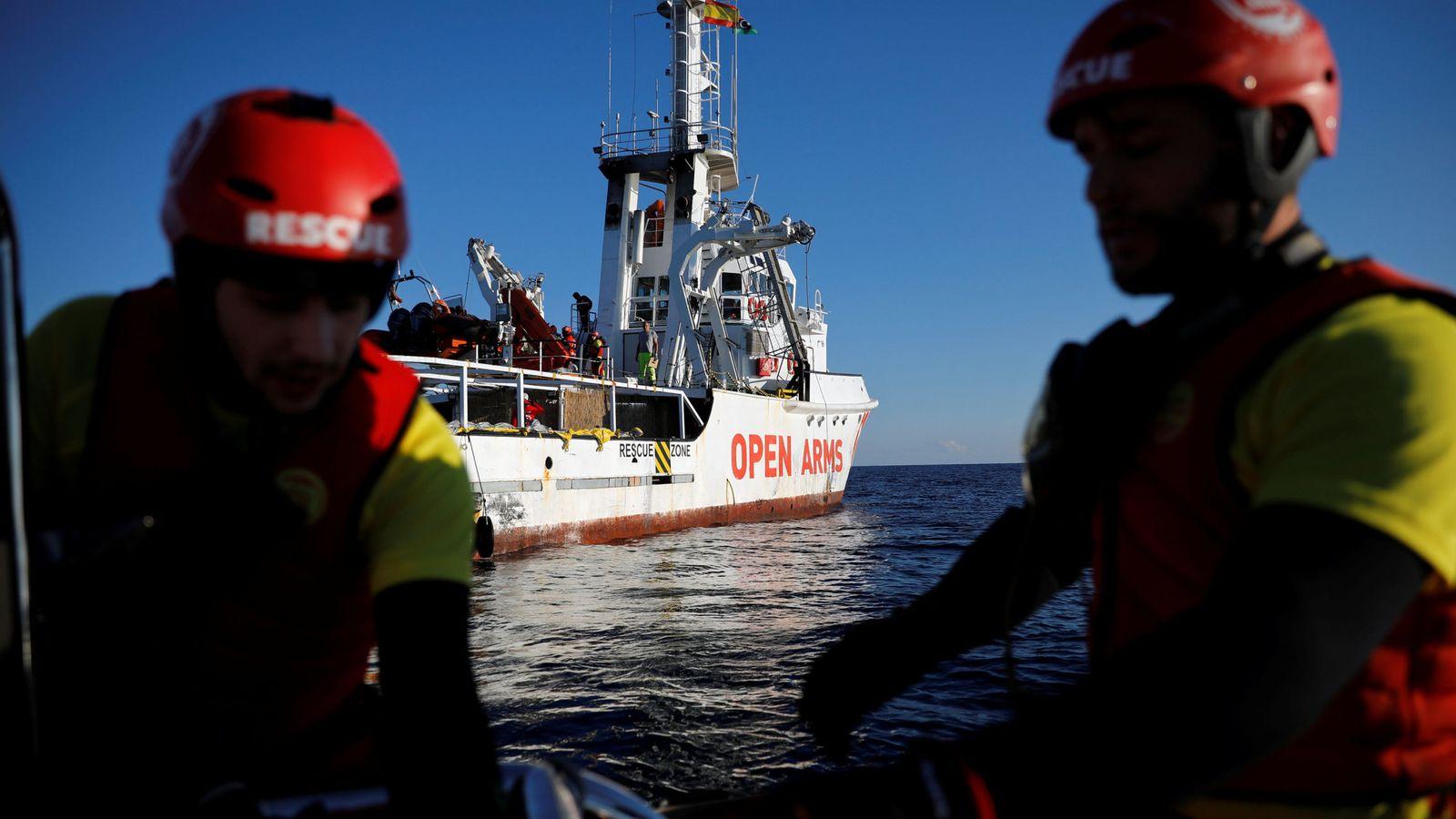 Foto: Operación de rescate de la ONG española Proactiva Open Arms. (Reuters)