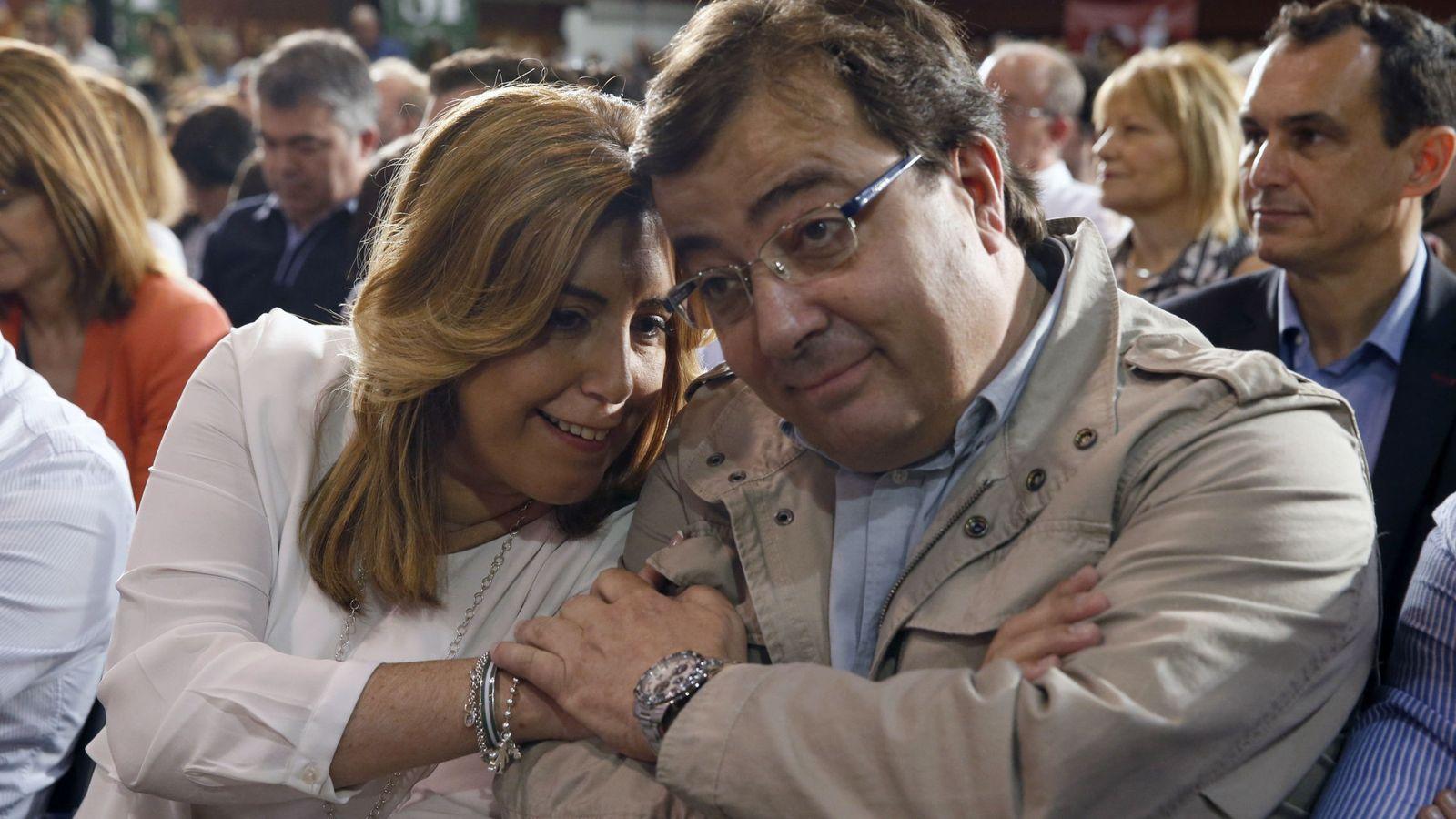 Foto: Los presidentes de Andalucía y Extremadura, Susana Díaz y Guillermo Fernández Vara, el pasado 22 de mayo en Madrid. (EFE)