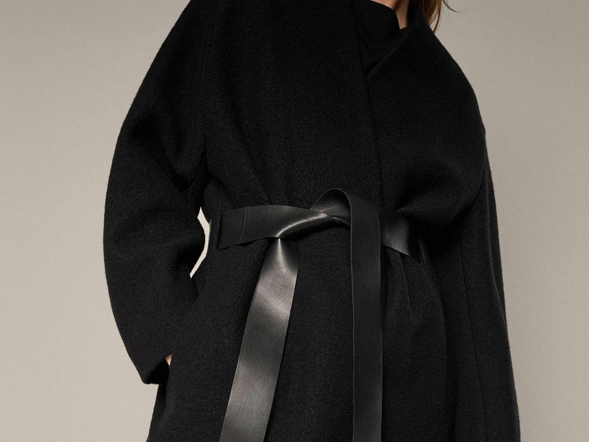 Foto: Este abrigo de Massimo Dutti es ideal para cualquier ocasión. (Cortesía)