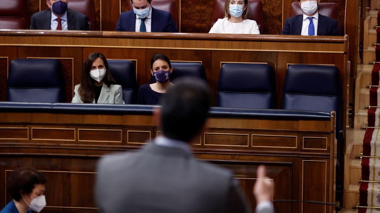 Encuestas | El PSOE pierde 19 escaños, el PP consolida su ascenso y Casado, su liderazgo