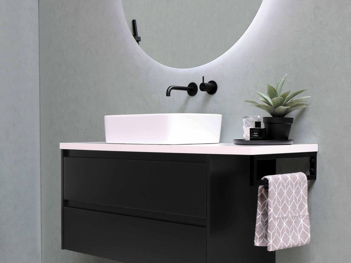 Foto: Trucos deco para que tu baño parezca más grande. (Sanibell BV para Unsplash)