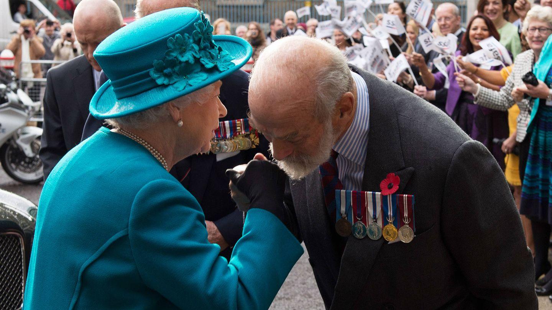 Michael de Kent, con la reina Isabel. (Getty)