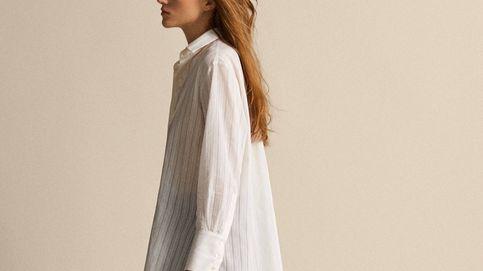La camisa blanca de Massimo Dutti perfectas para las que huyen de lo clásico