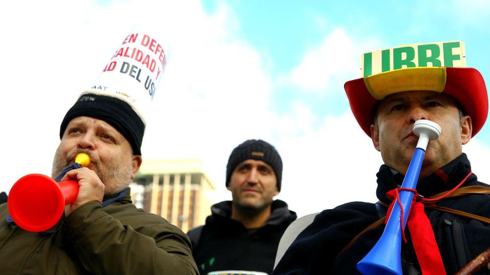 Foto: Los taxistas entienden que la CNMC actúa contra sus intereses.