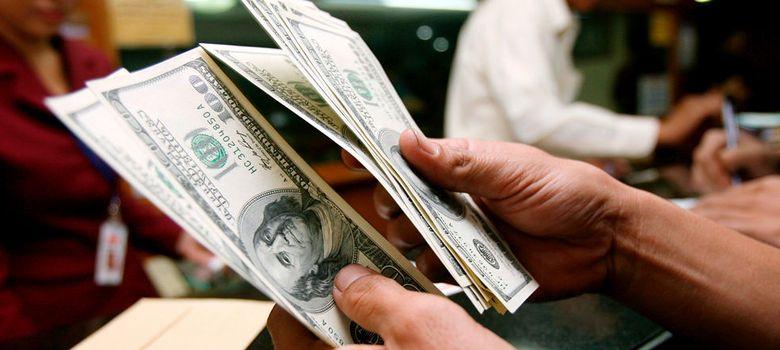 Foto: El dólar se debilita frente al euro tras la baja de Summers para la Fed